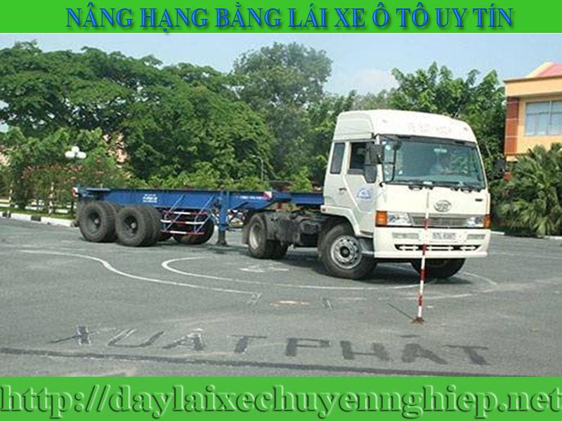 nang-hang-bang-lai-xe-o-to-tai-thanh-hoa-dong-nai